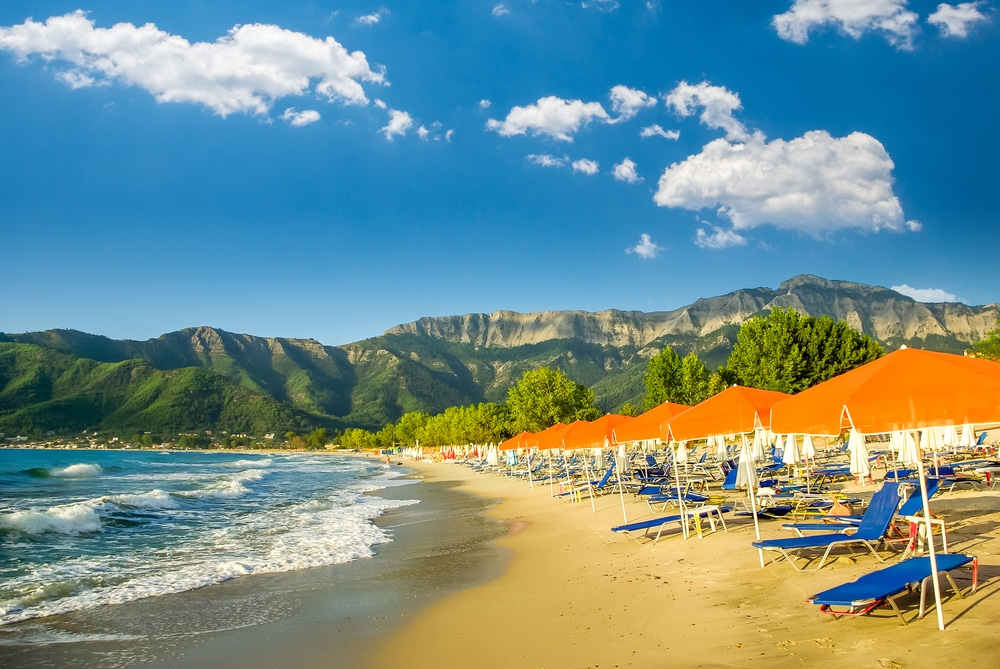 Una dintre cele mai vizitate plaje din Thassos - Golden Beach